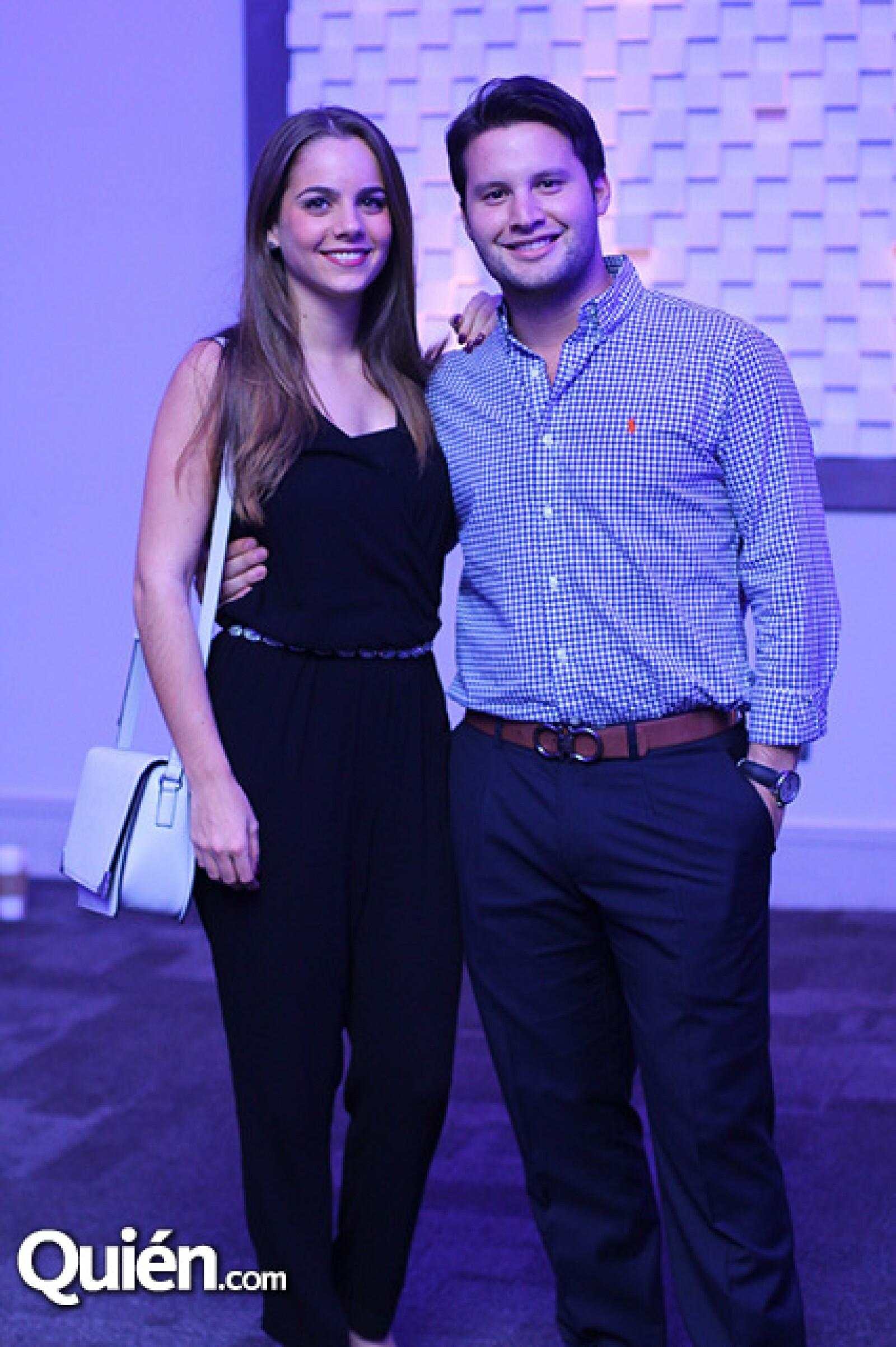 Valeria Garza y Adrián Roel