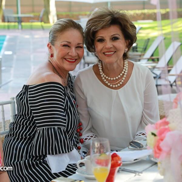 María Aurora Sánchez y María Cristina Minakata