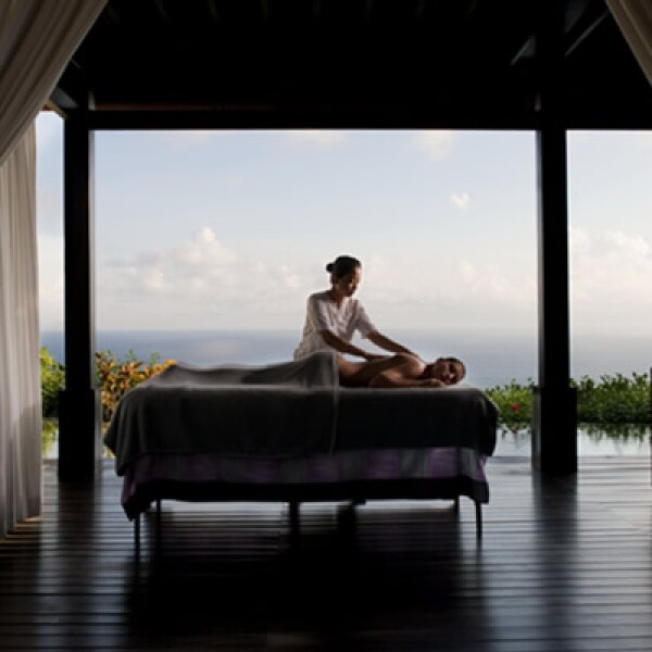 Del 14 al 20 de junio, se ofrecerá un programa dedicado a la relajación,  inspirado en el escenario del exótico trópico de la isla de Bali. Para más información del hotel y reservaciones, visita: http://www.bulgarihotels.com