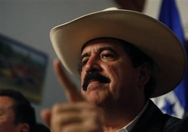 Manuel Zelaya anunció que volverá a Honduras en busca de recuperar su cargo presidencial. (Foto: AP)