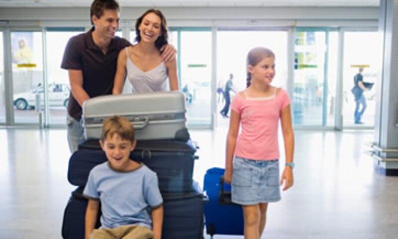 Los viajeros acreditarán el valor de sus mercancías a través de facturas, comprobantes de venta o cualquier documento que señale el valor comercial. (Foto: Thinkstock)
