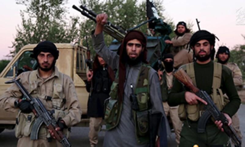 Los reclutas de ISIS son atraídos mediante videos y fotografías de actividades radicales. (Foto: Reuters/Archivo)