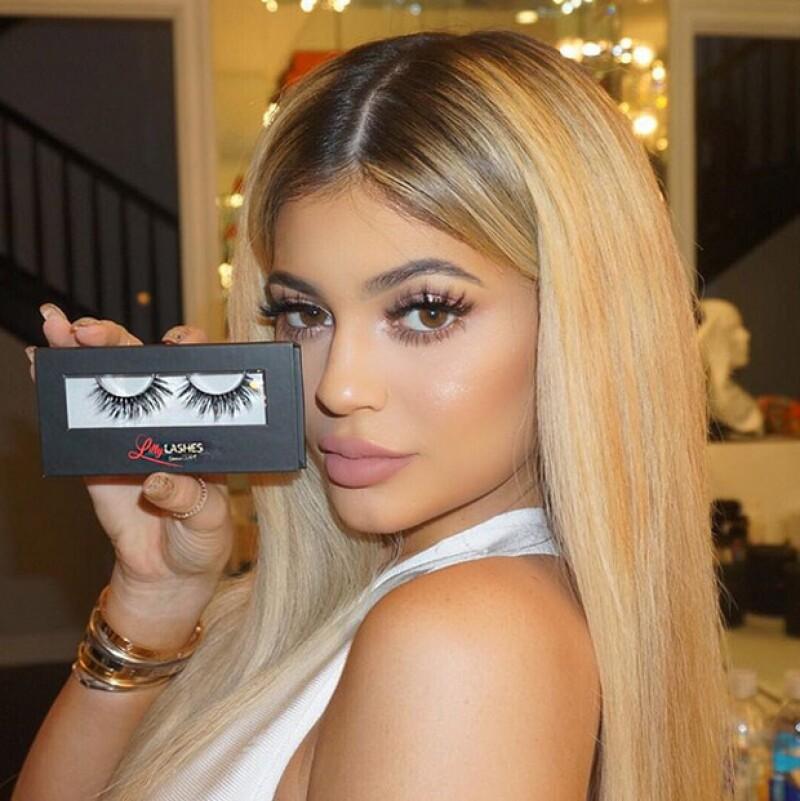 La menor de las hermanas Kardashian-Jenner lanza App, superando expectativas por su contenido. En ella muestra material exclusivo como su cuarto favorito.