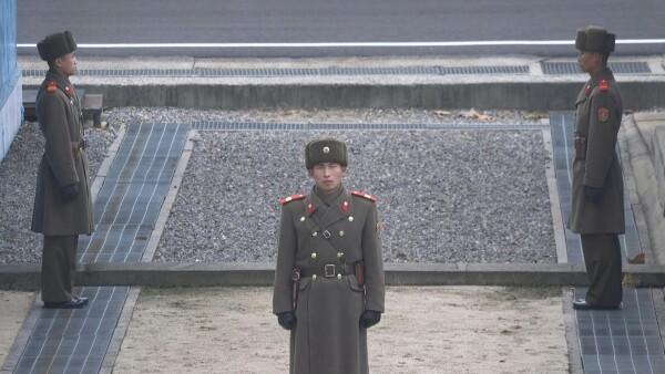 Pyongyang rechaza oferta de negociación y amenaza con reforzar presencia militar