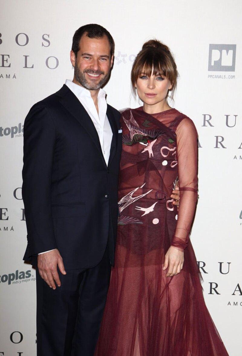 La actriz celebró seis años de relación con el empresario mexicano con una tierna foto en sus redes sociales.