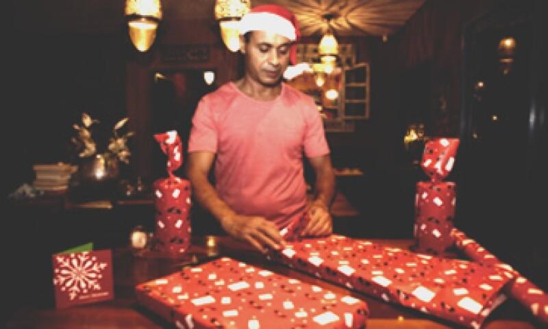 Los comercios de joyería, alimentos y abarrotes, y regalos registrarán altas ventas en la época decembrina, según la Concanaco. (Foto: Getty Images)