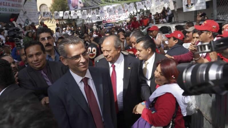 reeleccion carlos romero deschamps
