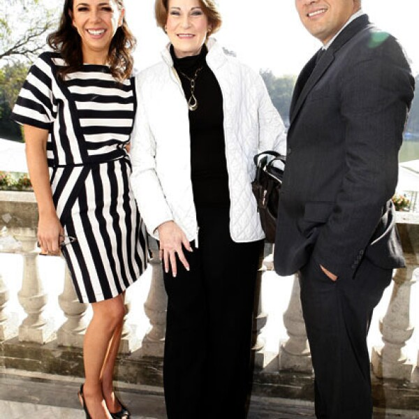 Laura Manzo,Mayte Noriega,Alejandro Ángeles