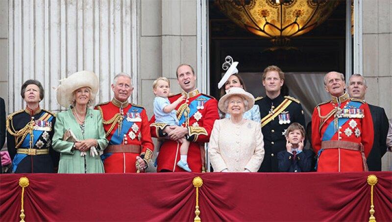 La vida de la realeza no es nada barata. Entre viajes, outfits y staff, los miembros de la corona inglesa gastan millones de dólares, pero: ¿Sabes cuántos exactamente?
