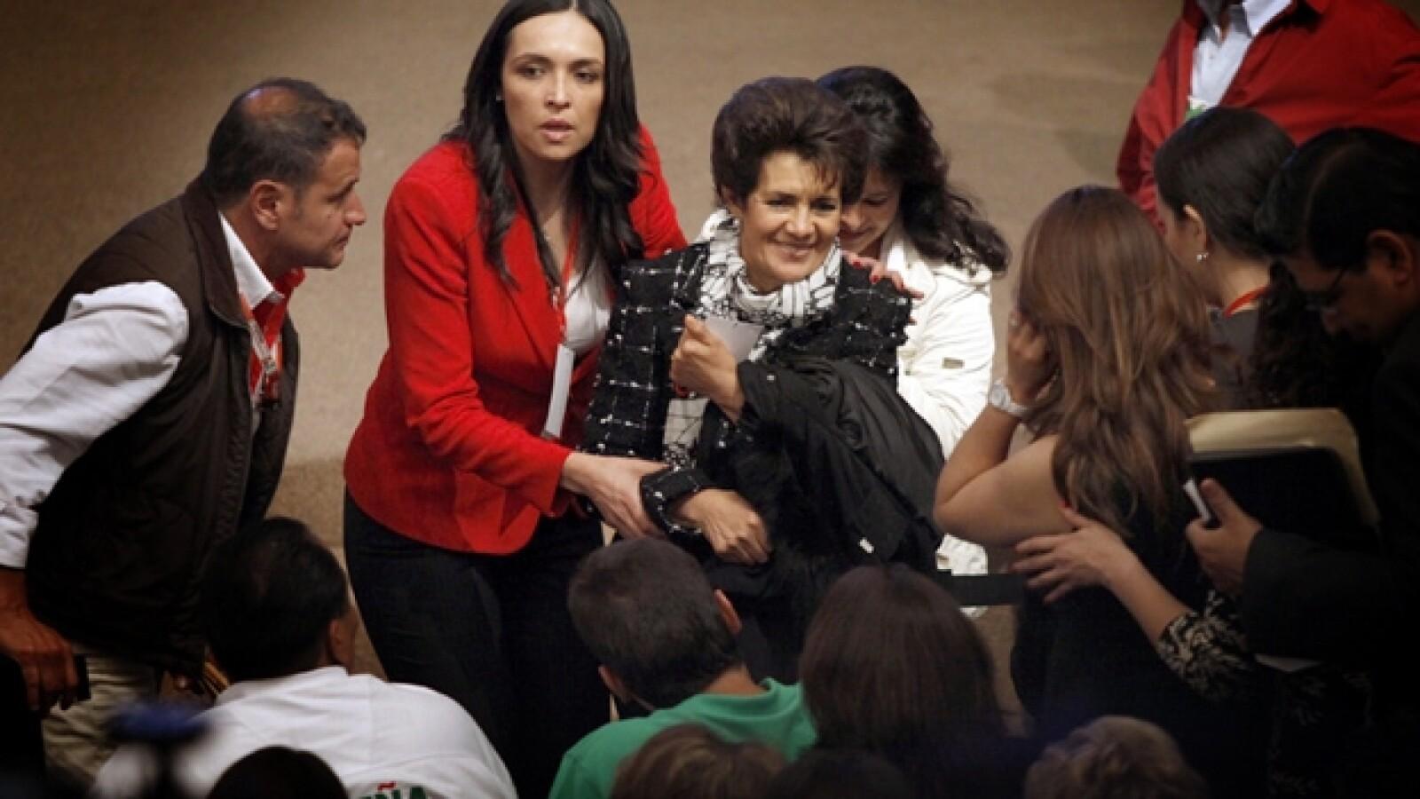 Mamá Peña Nieto políticos PRI voto