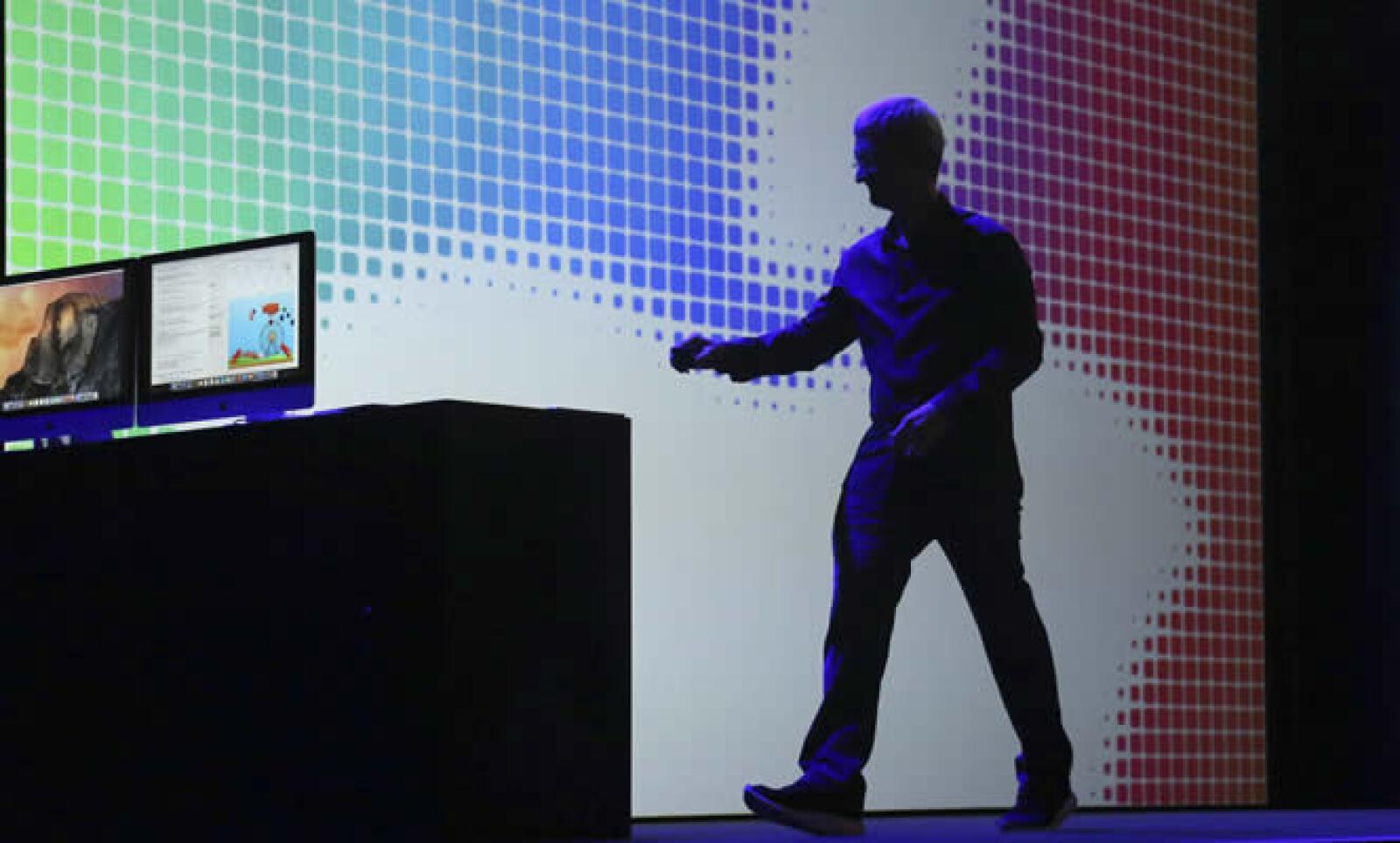Apple presentó este lunes dos novedades en sus sistemas operativos para Mac y para iPhone así como un dispositivo para el hogar en el marco de la edición 25 de su Conferencia de desarrolladores en el Moscone Center en San Francisco, California.