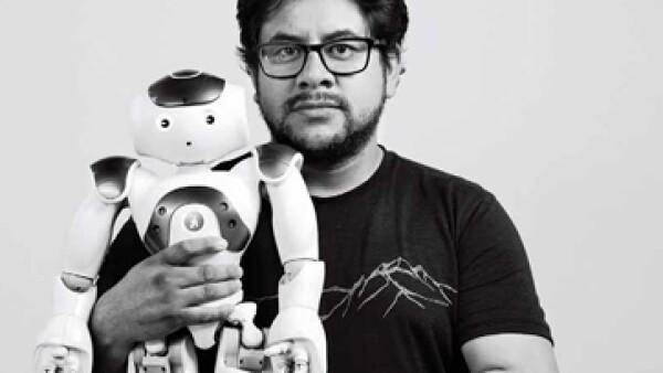 Un accidente automovilístico le hizo cambiar de la computación a la robótica social. (Foto: Mitchell Charles Wallace Adair)