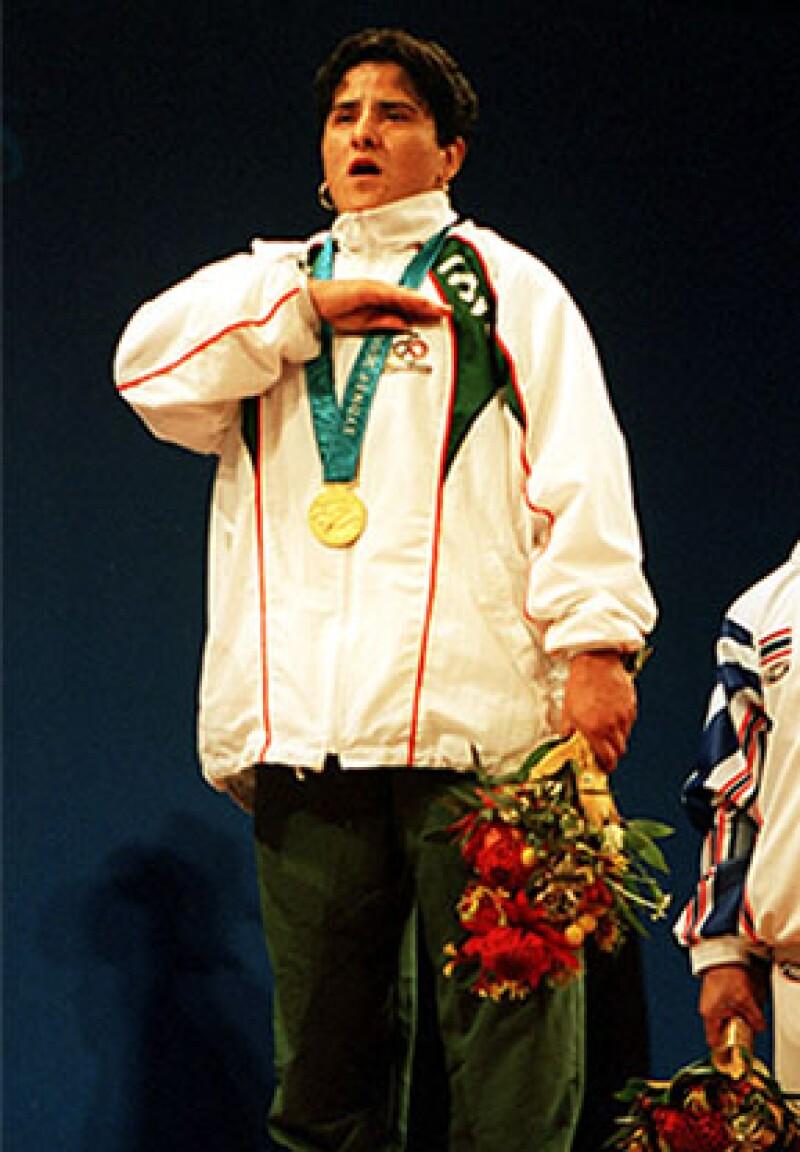 La clavadista, también ganadora de medalla olímpica, lamentó en su cuenta de Twitter el deceso de la primer mexicana en ganar el oro.