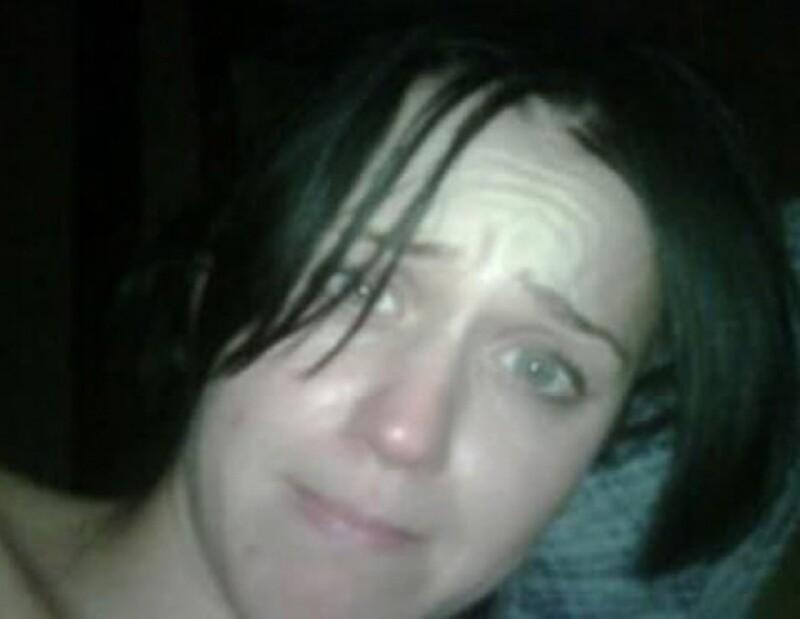 Katy Perry recién levantada, cortesía de su esposo Russel Brand.