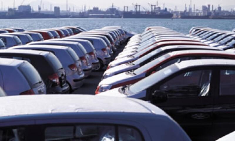 La AMDA estima que la medida proteccionista de Argentina encarecerá la comercialización de vehículos. (Foto: Thinkstock)