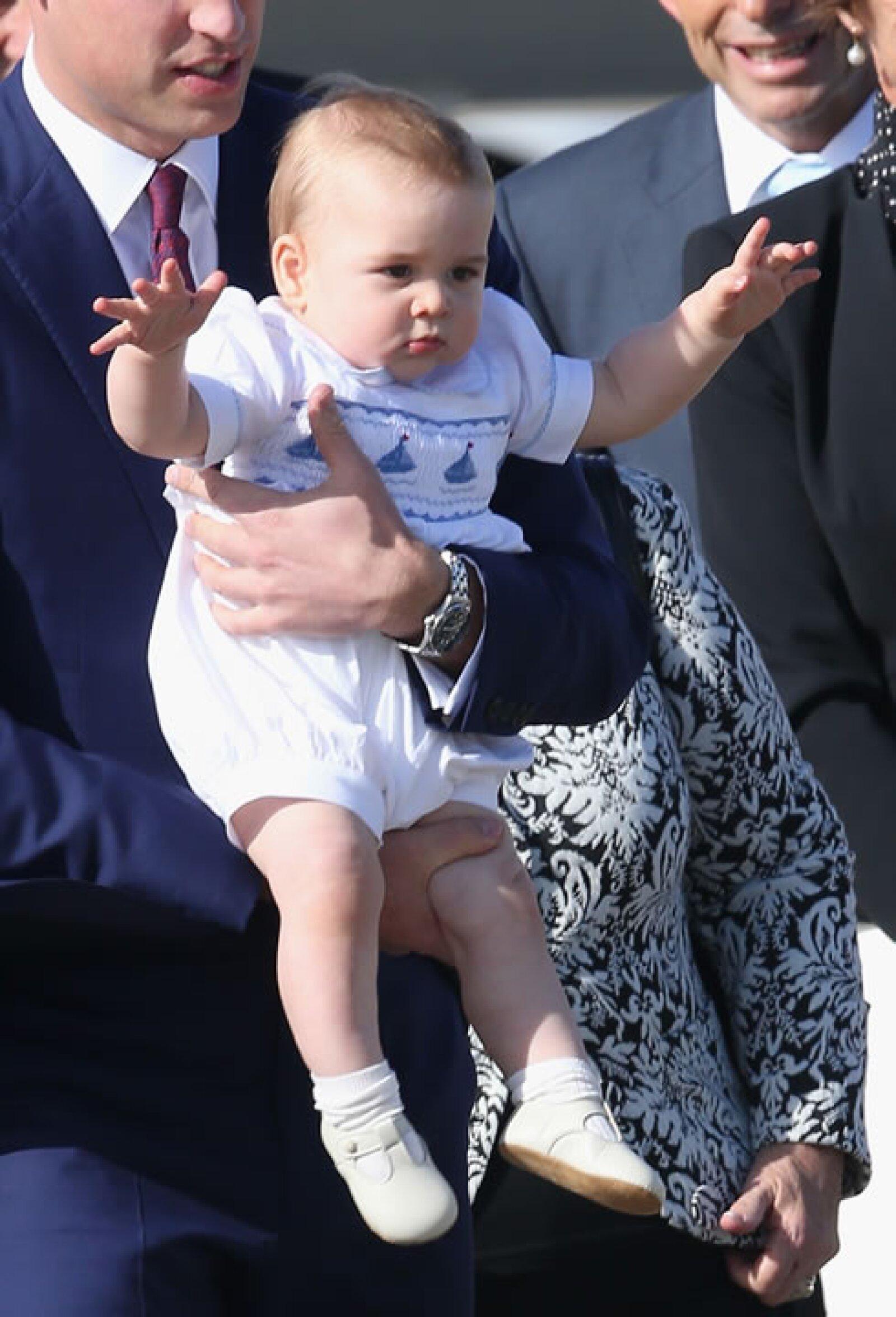 Desde muy pequeño, George es centro de atención de los medios de comunicación por su encanto.