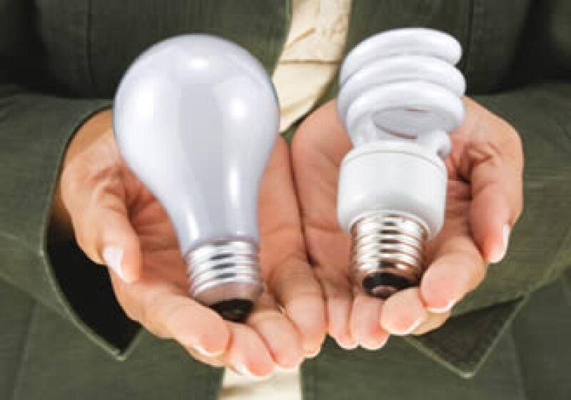 En México se distribuyeron 48 millones de lámparas nuevas para reemplazar a los focos incandescentes. (Foto: Archivo)
