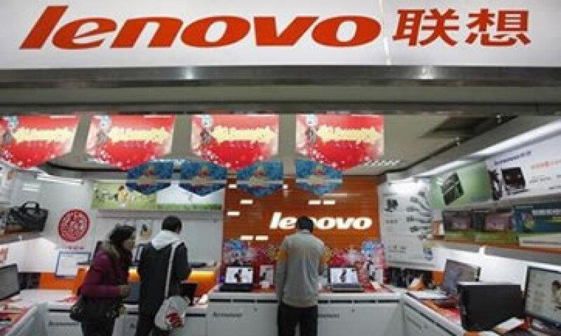 Lenovo dijo que la adquisición de Motorola Mobility lo hará un competidor muy fuerte en el mercado. (Foto: Archivo)