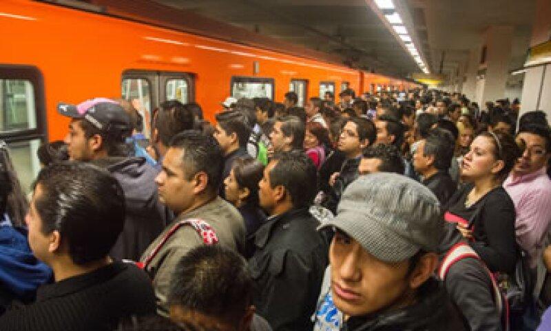 La Línea 12 del metro estará cerrada en la mitad de su ruta debido a fallas estructurales que podrían causar un desacarrilamiento. (Foto: Cuartoscuro)