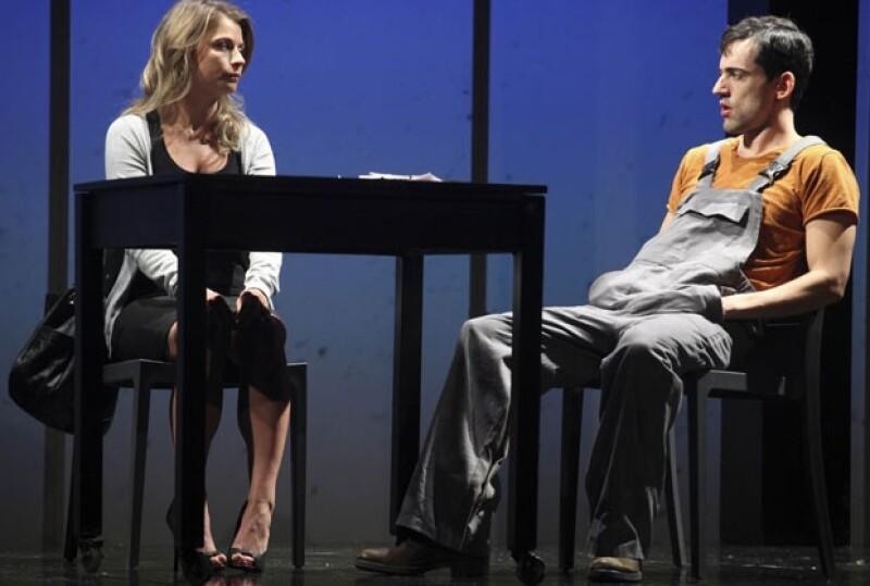 La actriz regresa al teatro con esta obra de teatro donde comparte créditos con Lusi Gerardo Méndez, Arturo Barba y Sophie Alexander-Katz.