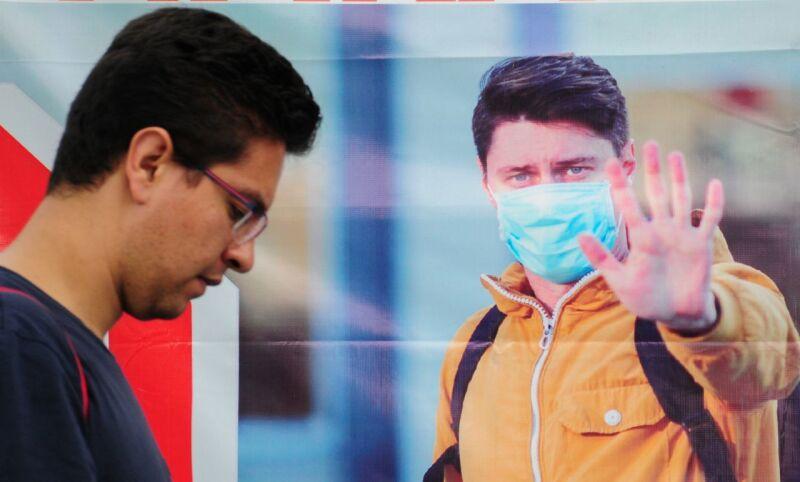 Las autoridades sanitarias piden el uso de cubrebocas para evitar contagios por coronavirus.
