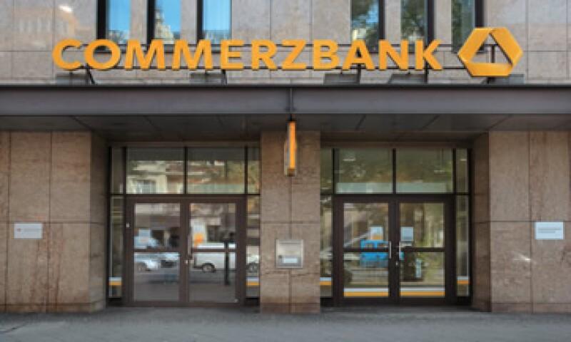 Commerzbank logrará con dicho pago retrasar los cargos criminales en su contra por tres años.  (Foto: AFP )