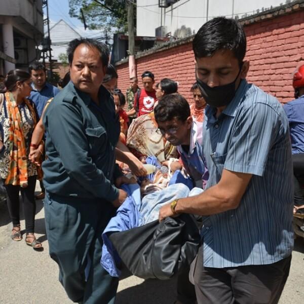 Hospital evacuacion Katmandu Nepal