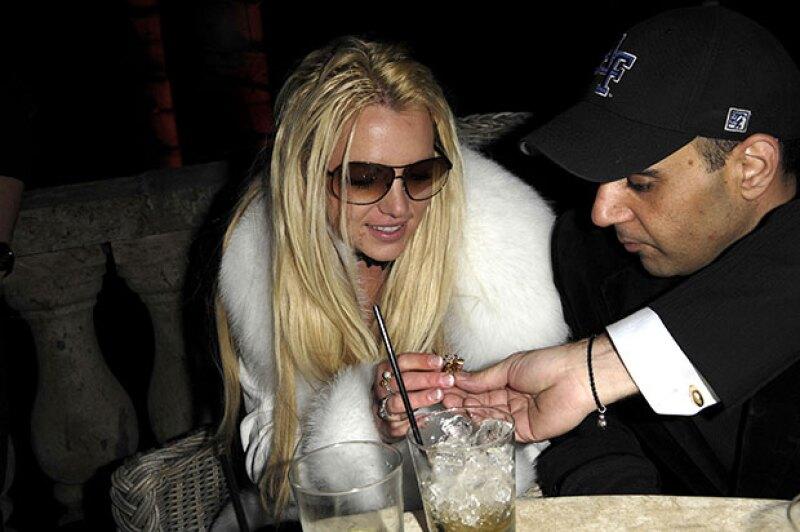 Sam Lufti, asegura que fue él quien sacó a Britney de la drogadicción.