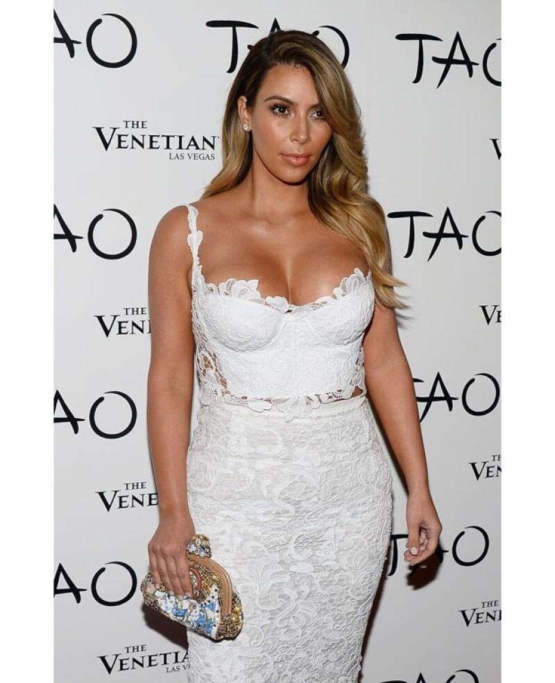 La estrella televisiva asegura que deshacerse de los kilos de más que ganó durante el proceso de gestación de su primogénita fue muy difícil y que esa foto fue su respuesta a los que la criticaron.