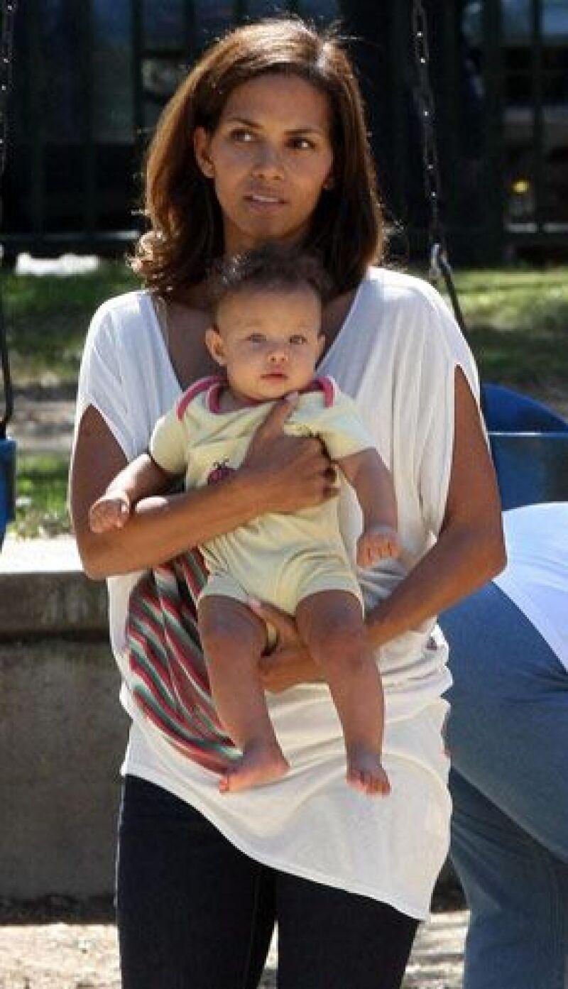 Después de convertirse en madre por primera vez, y ahora a sus 41 años, la actriz desea traer al mundo otro bebé.