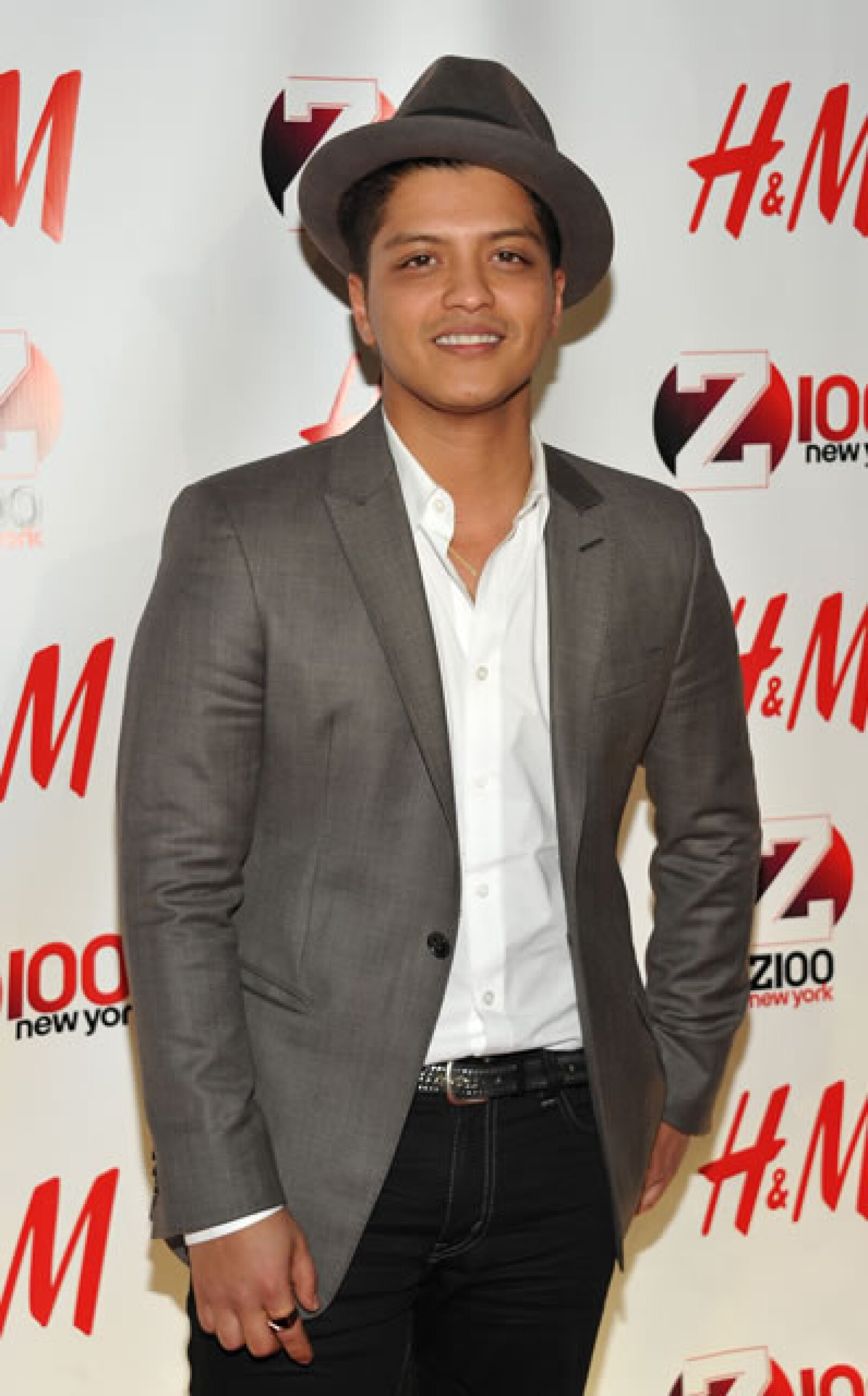 Bruno Mars suena en todo el mundo: sus éxitos `Beautiful girls´ y `Just the way you are´ son tan famosos que este último ya apareció en una capítulo de `Glee´.