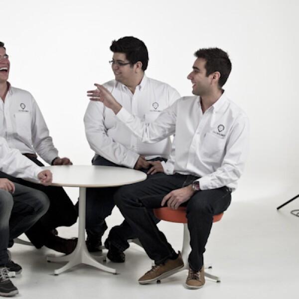 Globalmet, está formada por cuatro jóvenes emprendedores que ofrecen el servicio de predicción climática a los sectores de agricultura.