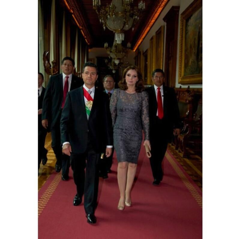 Así lucen Enrique Peña Nieto y Angélica Riva como la nueva pareja que habitará Los Pinos.