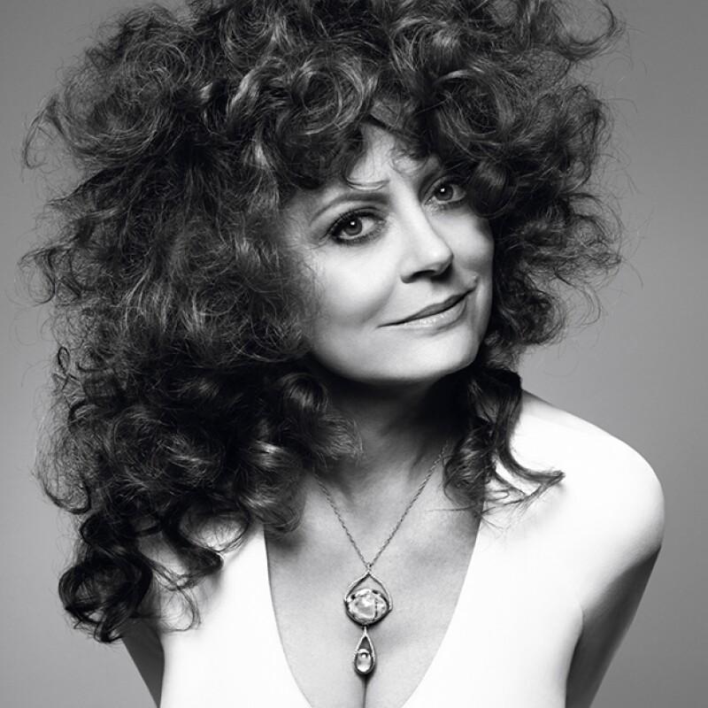 La actriz de 69 años, se ve mejor que nunca en la nueva campaña del diseñador.