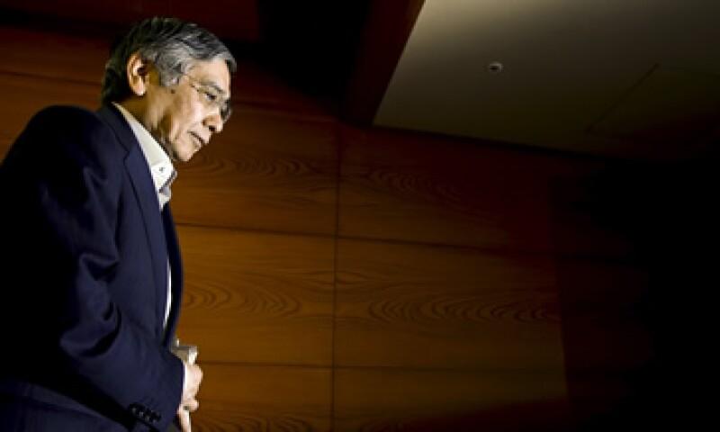 El jefe del banco central japonés, Haruhiko Kuroda, dijo que las condiciones de empleo e ingresos han mejorado. (Foto: Reuters )