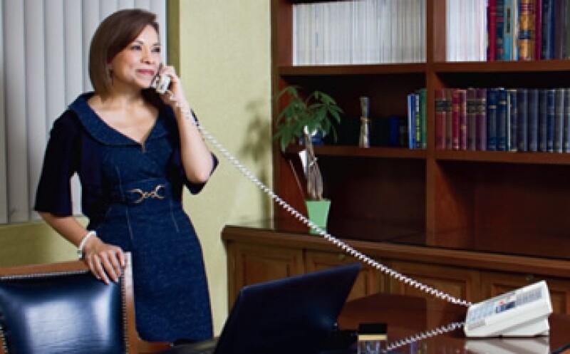 En su despacho en la Ciudad de México, Josefina Vázquez Mota planea sus pasos para ganar la interna del PAN y luego por la elección presidencial. (Foto: Carlos Aranda/Monda Photo)