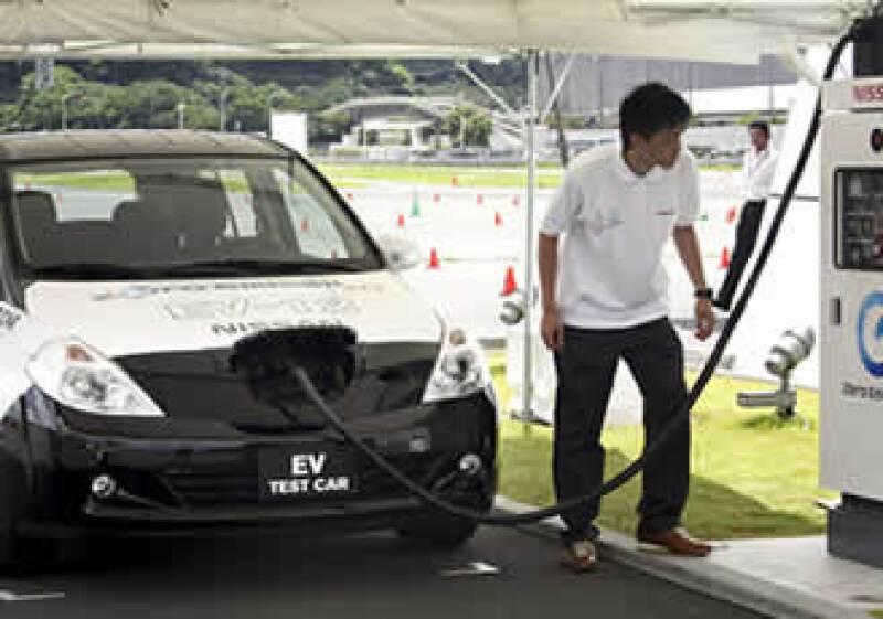 La firma producirá en Japón 100,000 unidades del modelo Tiida VE. (Foto: AP)