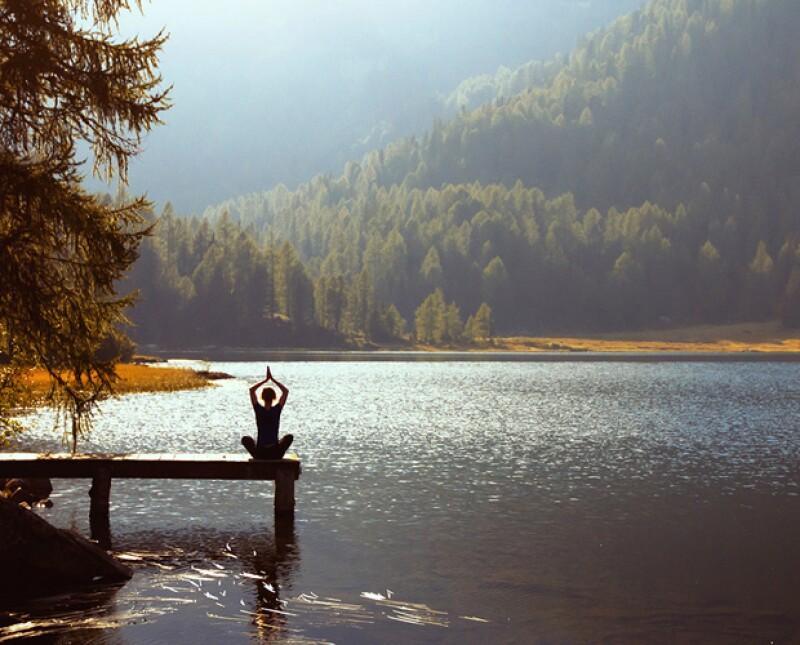 El mindfulness es una de esas prácticas que además de ser muy efectiva y FÁCIL, realmente genera un cambio impresionante en el bienestar de las personas. ¿En qué consiste? Descúbrelo aquí.