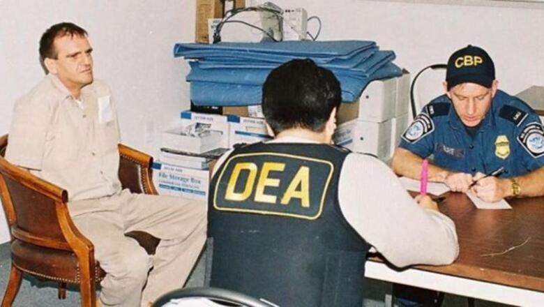 """Héctor Luis """"El Güero"""" Palma, líder del cártel de Sinaloa, fue extraditado el 9 de abril 2007 luego de haber permanecido en prisión en México desde 1995. En 2008, luego de que se declaró culpable por delitos de narcotráfico y crimen organizado, fue sentenciado a 16 años de prisión en el penal de máxima seguridad de Florence, Colorado."""