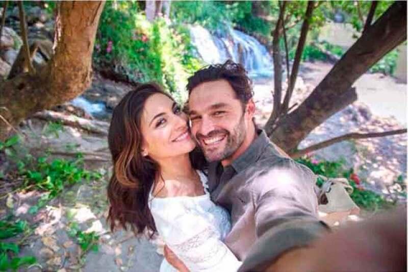 Tras revelar su relación sentimental con la actriz, el español confesó estar viviendo una gran etapa en pareja.