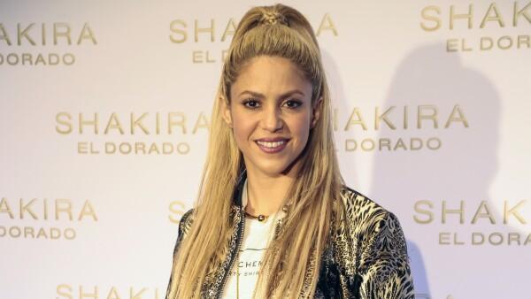 Shakira pide al gobierno colombiano más apoyo a venezolanos