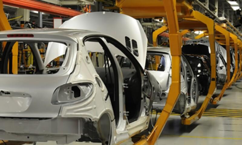 En julio se registró un incremento en la fabricación de automóviles. (Foto: Reuters)