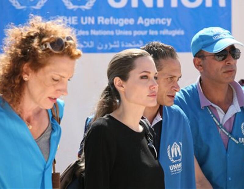 La estrella de Hollywood, enviada especial de la agencia para los refugiados de las Naciones Unidas, habló tras reunirse con un grupo de mujeres refugiadas en el campamento Zatari.