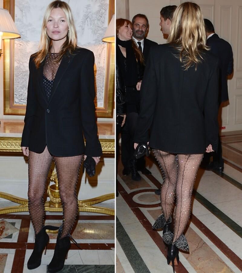 Kate Moss asistió al coctel de lanzamiento del libro de Carine Roitfeld acompañada de su esposo James Hince.