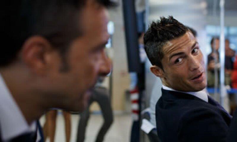 Ronaldo junto a Jorge Mendes. (Foto: Getty Images/Archivo )