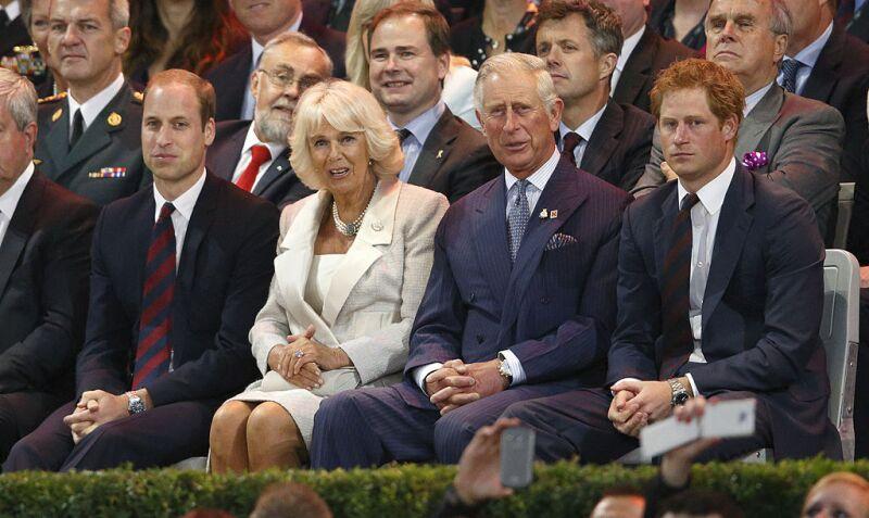 Príncipe Carlos, sus hijos y Camila Parker