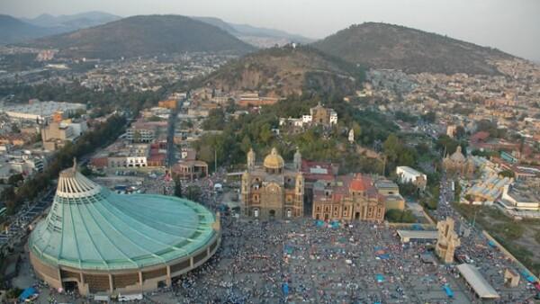 La basílica de Guadalupe es un polo de turismo religioso