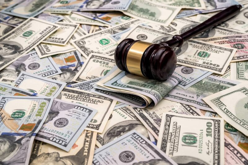 180806 justicia dolares is alfexe.jpg
