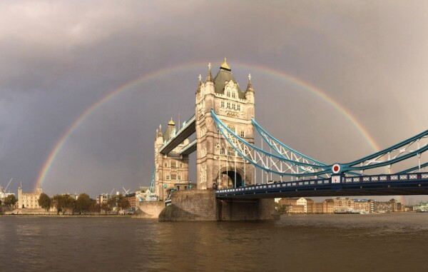 Ranbow Over Tower Bridge