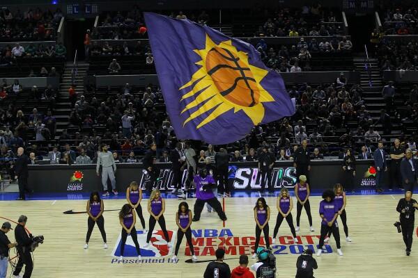 Suns contra Spurs en la Arena Ciudad de México